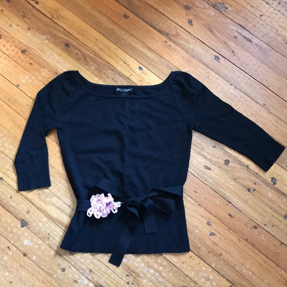 Betsey Johnson Black sweater with tie